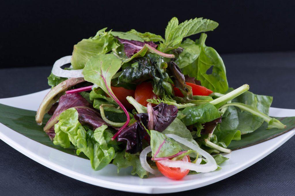 Saláta tál, fontos a megfelelő étrend