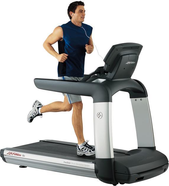 Life Fitness használt futópadok