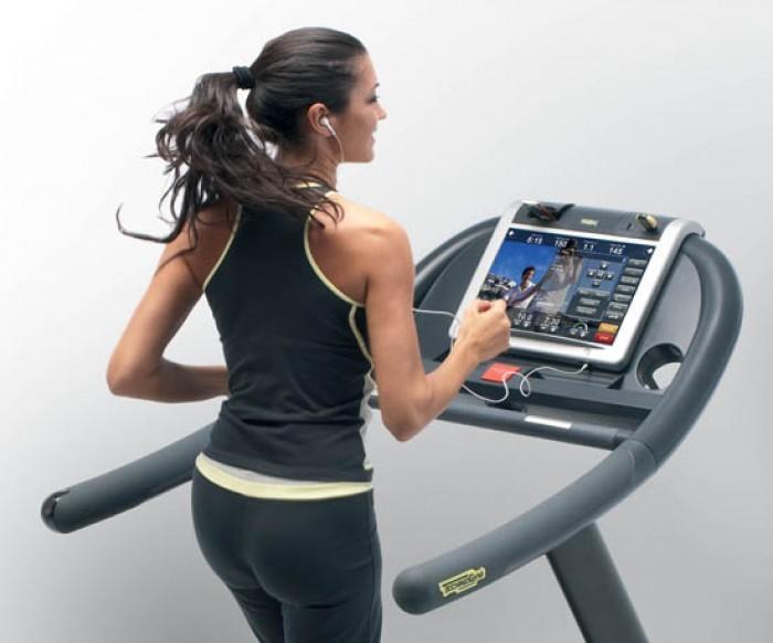 használt futópad Technogym Life Fitness