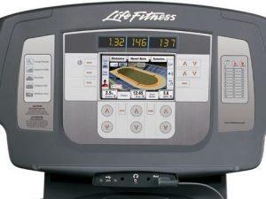 Life Fitness használt futópad konzol