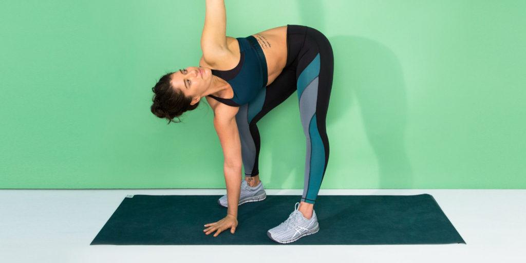 Az edzés előtti bemelegítés és az edzés utáni levezetés csökkenti az izomláz kialakulásának kockázatát