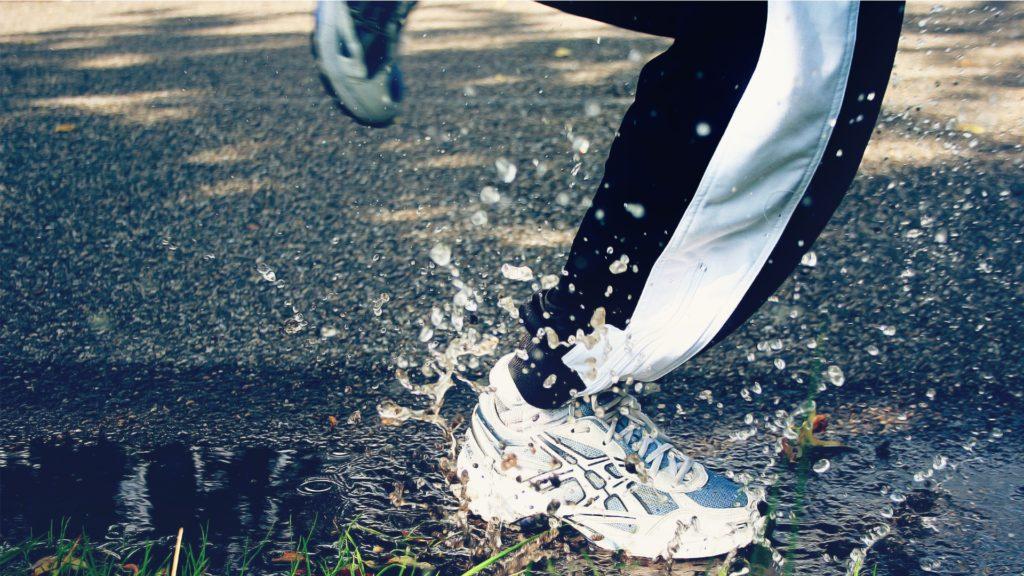 A beltéri futópad használatával kizárhatjuk az időjárás szeszélyeit