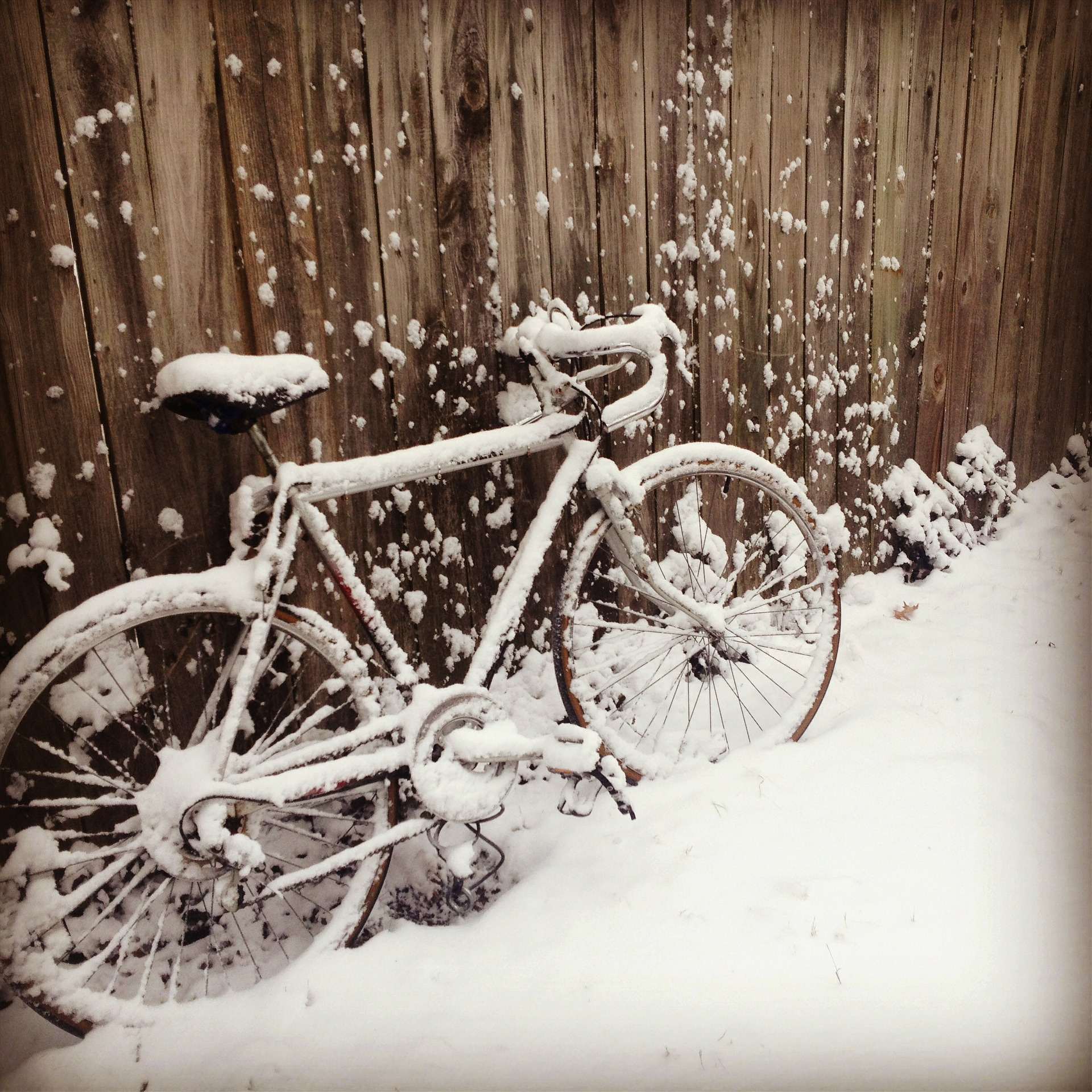 Télen nem kellemes a kerékpározás a szabadba – helyette: szobabicikli, elliptikus tréner