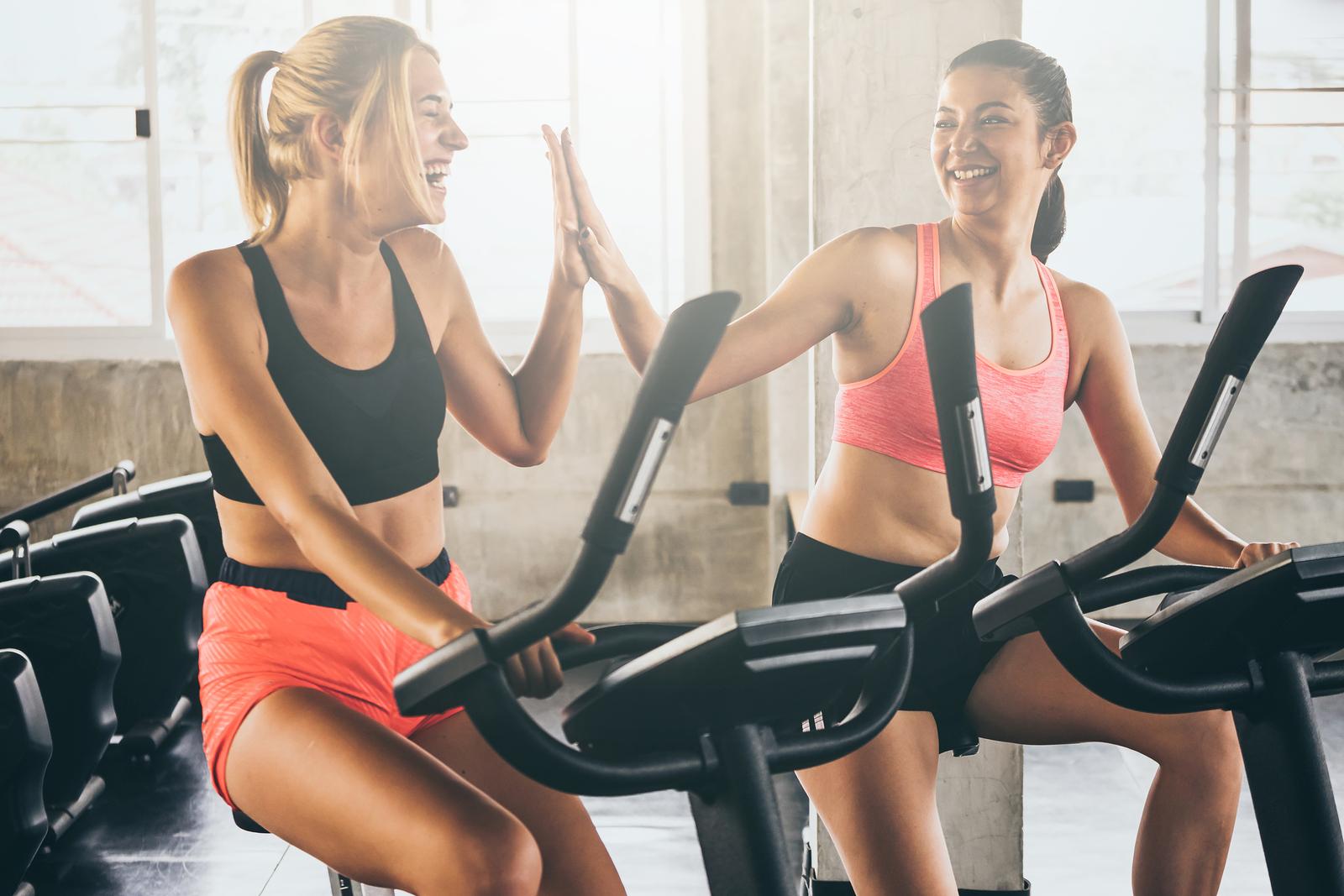 nyári top forma edzés jókedvűen