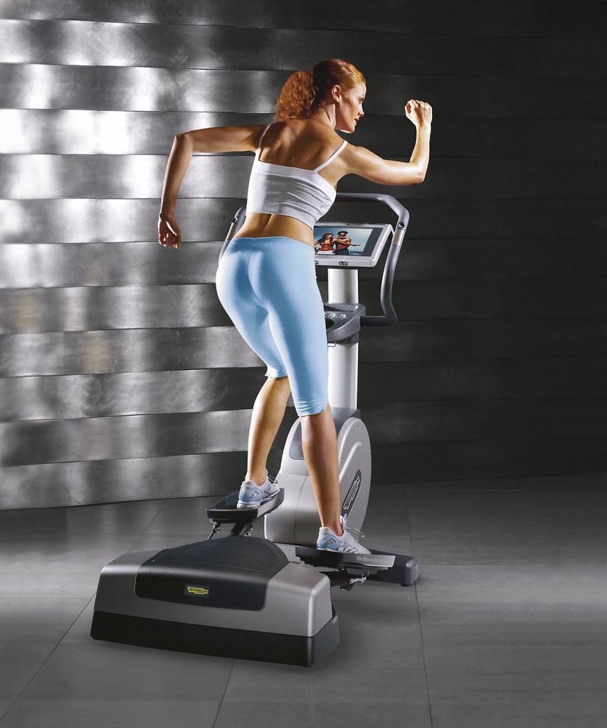 technogym korcsolyázógép használat közben